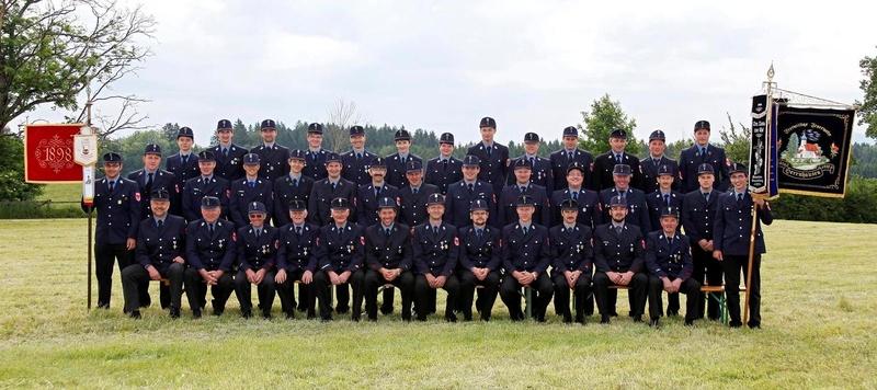 Mannschaft der Freiwilligen Feuerwehr Herrnhausen