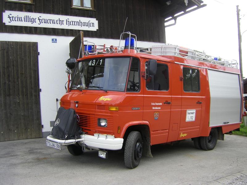 Löschfahrzeug der Freiwilligen Feuerwehr Herrnhausen