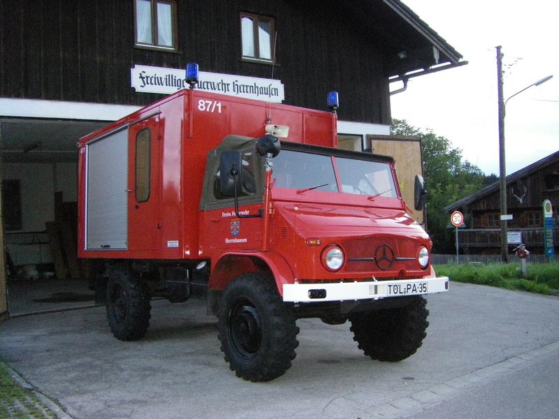 Ehemaliger Schlauchwagen der Freiwilligen Feuerwehr Herrnhausen