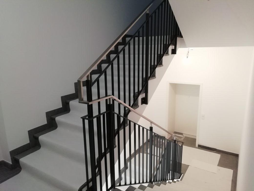 Metallbau Riedl Treppengeländer Metall