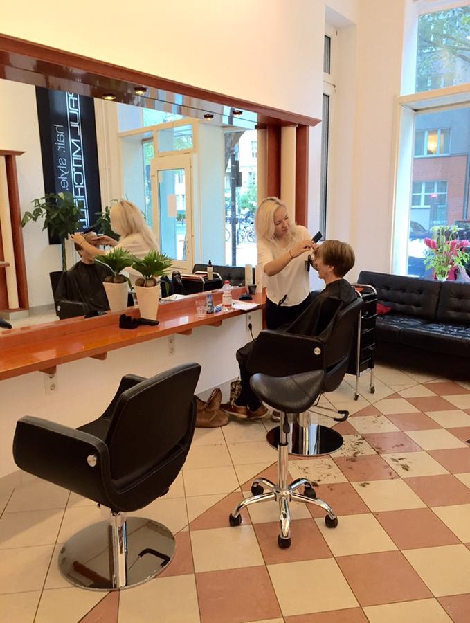 Salon Sebastian