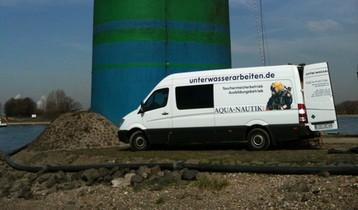 Brennarbeiten im Main (Frankfurt)