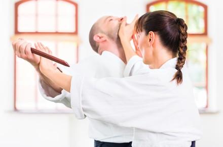 Selbstverteidigung für Jedermann mit Karate