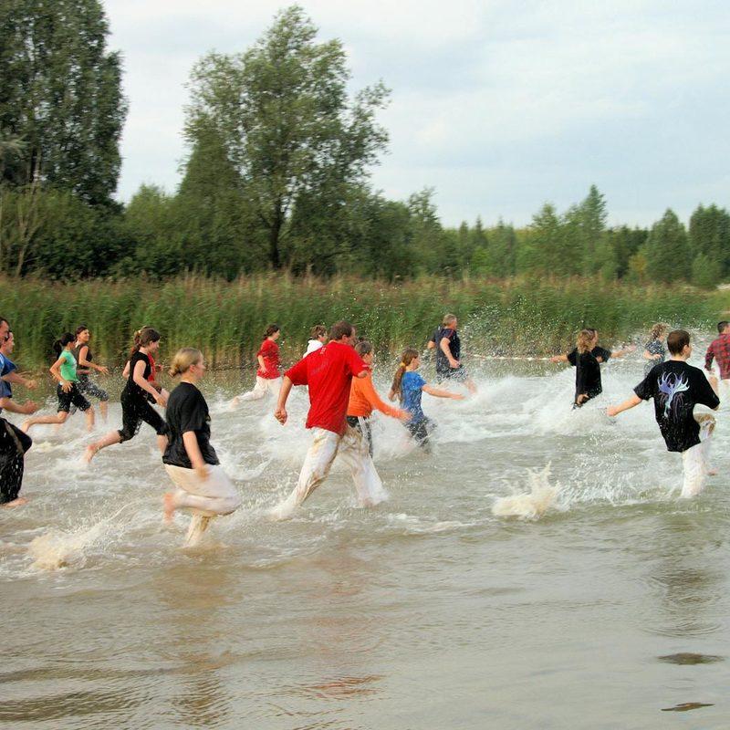 Lauf- und Ausdauerübungen im Wasser
