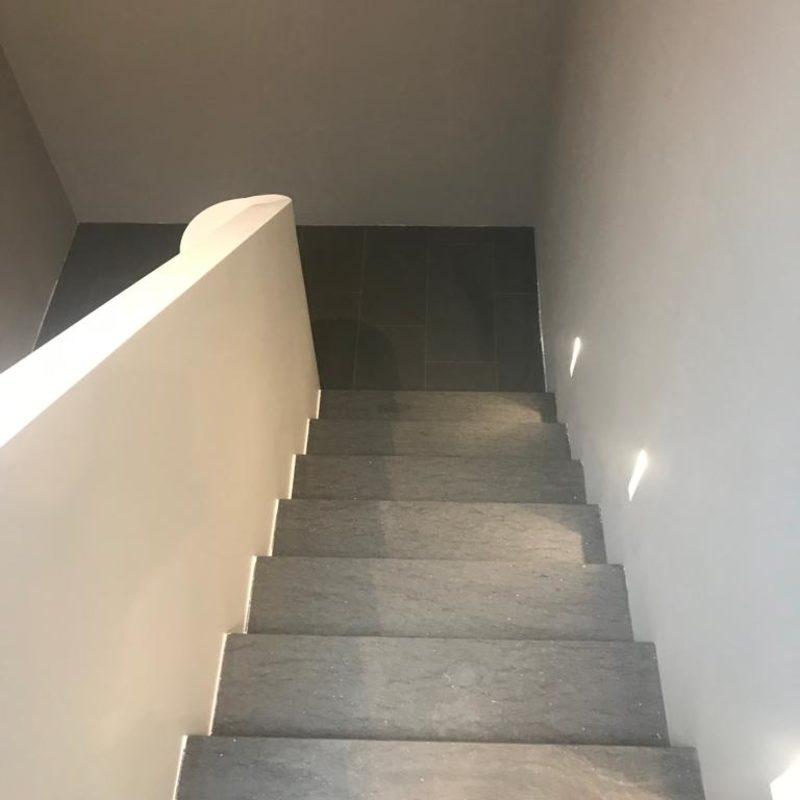Naturstein Treppenstufe