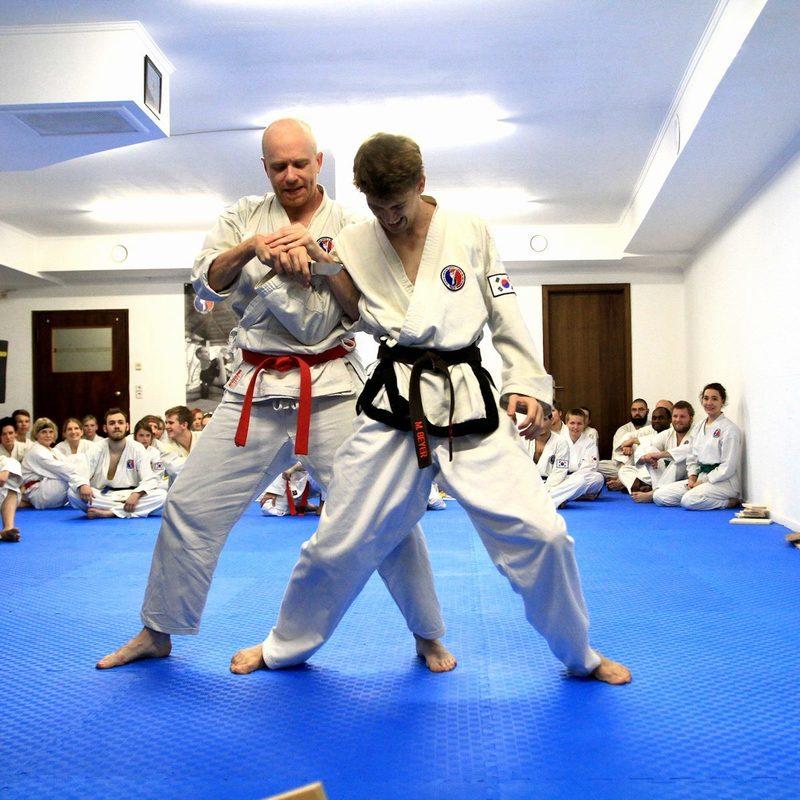 Eigenschutz und Selbstverteidigung in der Kampfsportschule Weimar